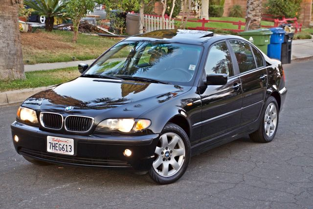 2002 BMW 325xi AWD PREMIUM PKG ONLY 78K MLS 5-SPEED MANUAL HEATED SEATS Woodland Hills, CA 2