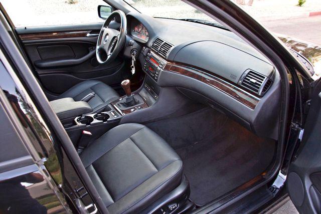 2002 BMW 325xi AWD PREMIUM PKG ONLY 78K MLS 5-SPEED MANUAL HEATED SEATS Woodland Hills, CA 26