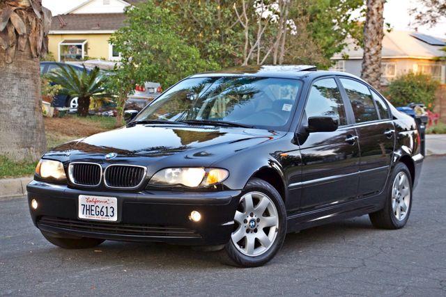 2002 BMW 325xi AWD PREMIUM PKG ONLY 78K MLS 5-SPEED MANUAL HEATED SEATS Woodland Hills, CA 3
