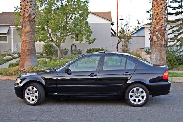 2002 BMW 325xi AWD PREMIUM PKG ONLY 78K MLS 5-SPEED MANUAL HEATED SEATS Woodland Hills, CA 5