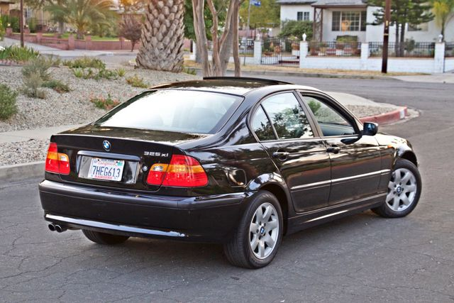 2002 BMW 325xi AWD PREMIUM PKG ONLY 78K MLS 5-SPEED MANUAL HEATED SEATS Woodland Hills, CA 8