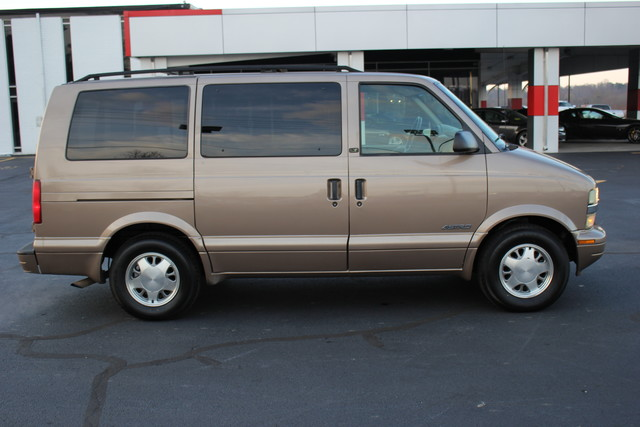 2002 Chevrolet Astro Passenger LT-LOW MILES-LEATHER- Mooresville , NC 12