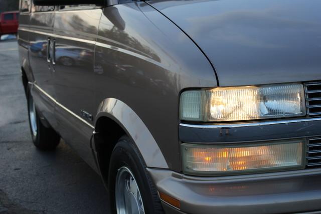 2002 Chevrolet Astro Passenger LT-LOW MILES-LEATHER- Mooresville , NC 19