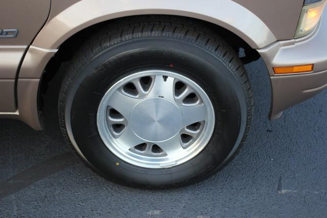 2002 Chevrolet Astro Passenger LT-LOW MILES-LEATHER- Mooresville , NC 33