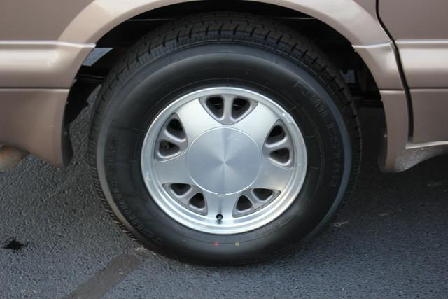2002 Chevrolet Astro Passenger LT-LOW MILES-LEATHER- Mooresville , NC 32