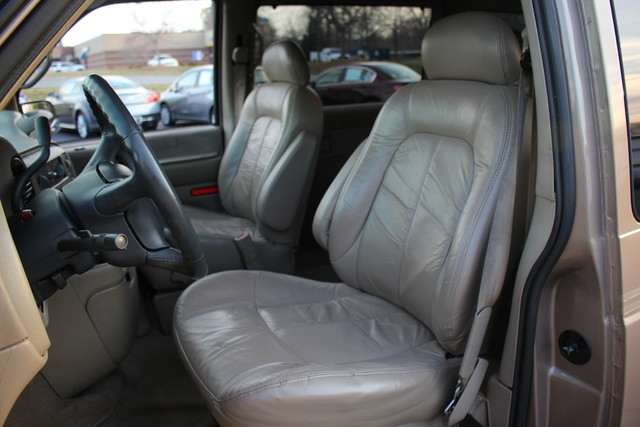 2002 Chevrolet Astro Passenger LT-LOW MILES-LEATHER- Mooresville , NC 4