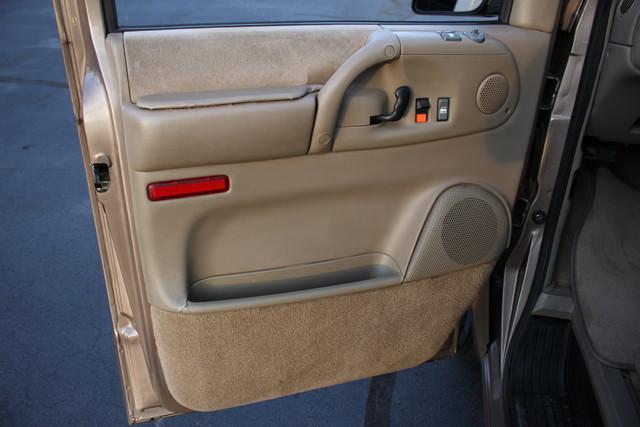 2002 Chevrolet Astro Passenger LT-LOW MILES-LEATHER- Mooresville , NC 56