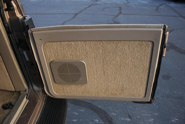 2002 Chevrolet Astro Passenger LT-LOW MILES-LEATHER- Mooresville , NC 60
