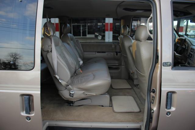 2002 Chevrolet Astro Passenger LT-LOW MILES-LEATHER- Mooresville , NC 54