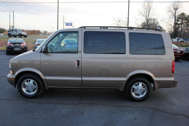 2002 Chevrolet Astro Passenger LT-LOW MILES-LEATHER- Mooresville , NC 13