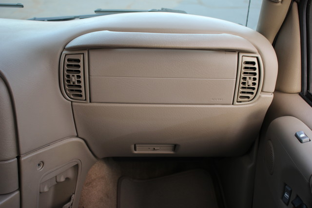 2002 Chevrolet Astro Passenger LT-LOW MILES-LEATHER- Mooresville , NC 3