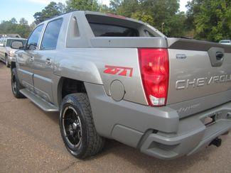 2002 Chevrolet Avalanche Batesville, Mississippi 14