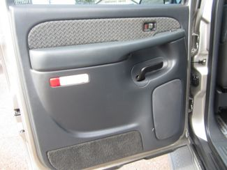 2002 Chevrolet Avalanche Batesville, Mississippi 28