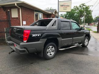 2002 Chevrolet Avalanche Knoxville , Tennessee 38