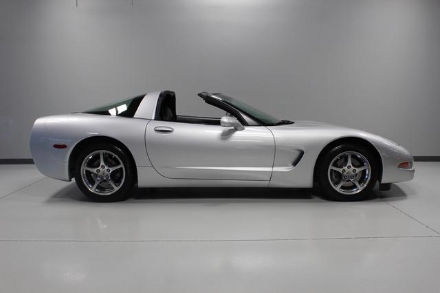 2002 Chevrolet Corvette Merrillville, Indiana 5