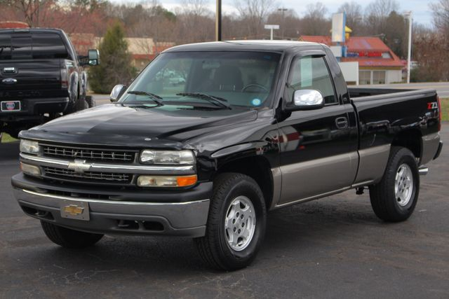 2002 Chevrolet Silverado 1500 LS Reg Cab 4x4 - DUAL EXHAUST - UPGRADED STEREO! Mooresville , NC 17