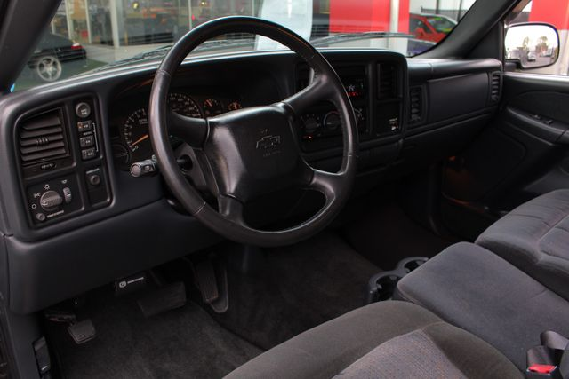 2002 Chevrolet Silverado 1500 LS Reg Cab 4x4 - DUAL EXHAUST - UPGRADED STEREO! Mooresville , NC 23