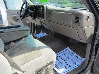 2002 Chevrolet Silverado 2500HD LS Crew Cab Houston, Mississippi 11