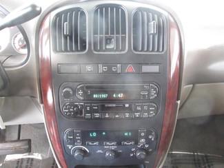 2002 Chrysler Town & Country LXi Gardena, California 6