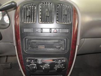 2002 Chrysler Town & Country eL Gardena, California 6