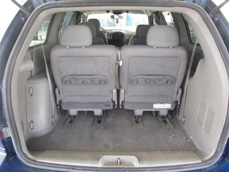 2002 Chrysler Town & Country eL Gardena, California 10