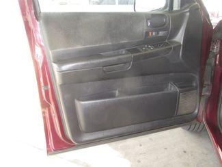 2002 Dodge Dakota SLT Gardena, California 8