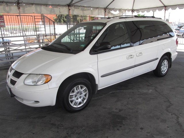 2002 Dodge Grand Caravan eL This particular Vehicle comes with 3rd Row Seat Please call or e-mail