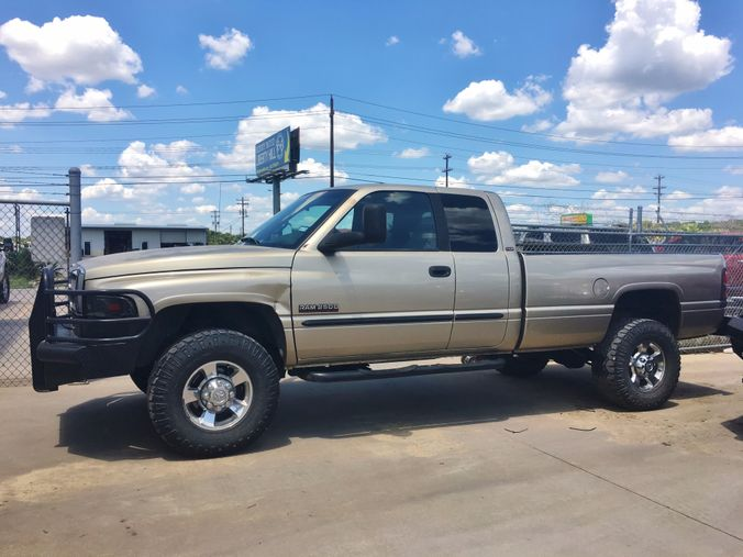 2002 Dodge Ram 2500 in Liberty Hill , TX
