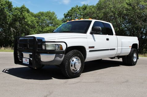 2002 Dodge Ram 3500 - 6 Speed in Liberty Hill , TX