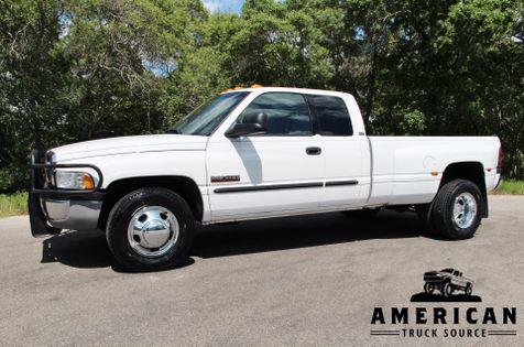 2002 Dodge Ram 3500 6 SPEED SLT in Liberty Hill , TX