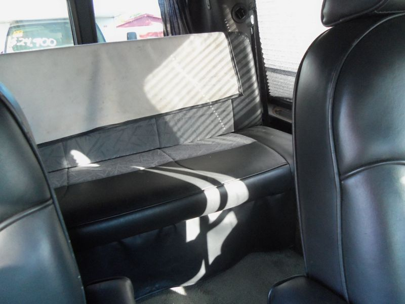 2002 Dodge Ram Van   city FL  Manatee RV  in Palmetto, FL