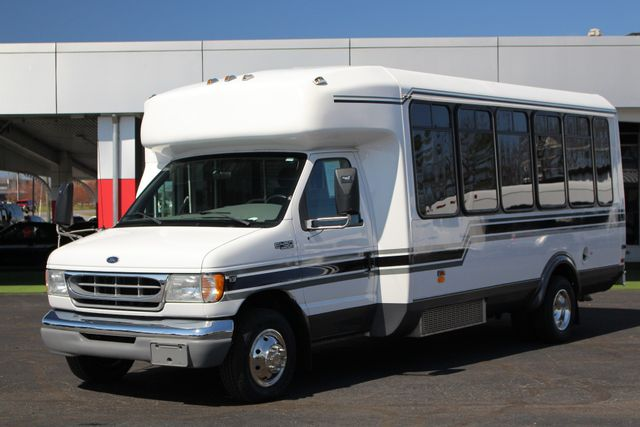 2002 Ford Econoline Commercial Cutaway E450 25 PASS Shuttle Bus/Van-7.3L DIESEL-NEW TIRES! Mooresville , NC 18