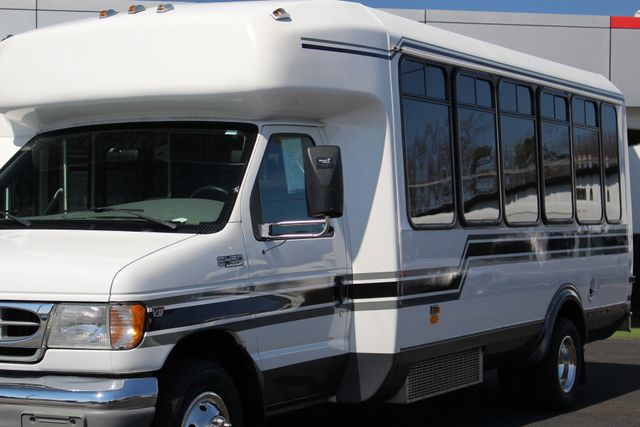 2002 Ford Econoline Commercial Cutaway E450 25 PASS Shuttle Bus/Van-7.3L DIESEL-NEW TIRES! Mooresville , NC 22