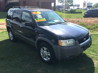 2002 Ford-! Buy Here Pay Here!! Escape LOCAL TRADE!! SHARP!! XLT-CARMARTSOUTH.COM Knoxville, Tennessee