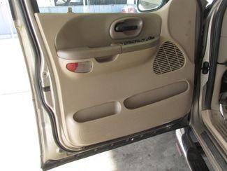 2002 Ford F-150 XLT Gardena, California 8