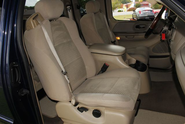 2002 Ford F-150 XLT SuperCab RWD -  V8 - BUCKET SEATS! Mooresville , NC 11