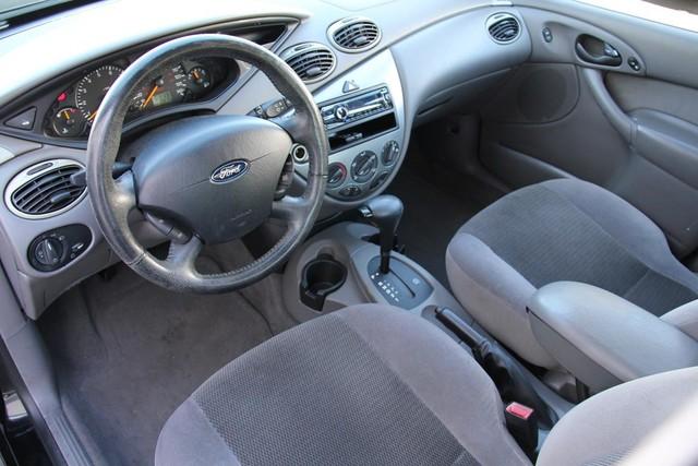 2002 Ford Focus ZTS Santa Clarita, CA 8