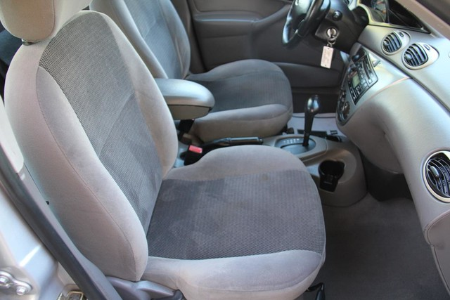 2002 Ford Focus ZTS Santa Clarita, CA 14
