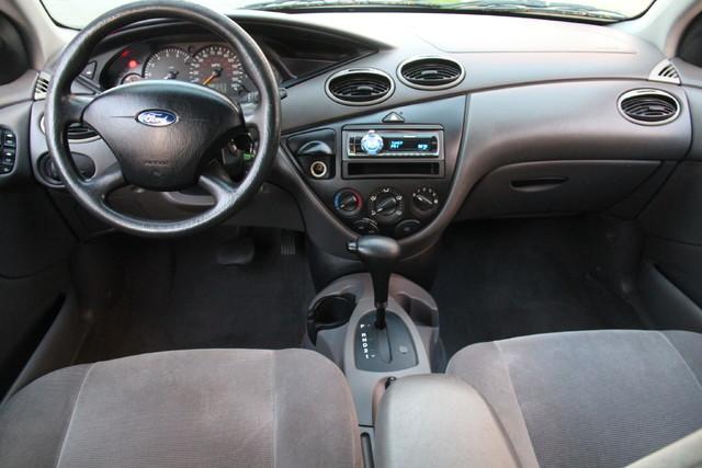 2002 Ford Focus SE Santa Clarita, CA 8