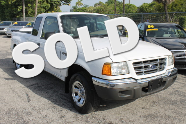 2002 Ford Ranger XLT  CARFAX CERTIFIED AUTOCHECK CERTIFIED 14 SERVICE RECORD FLORIDA VEHICLE