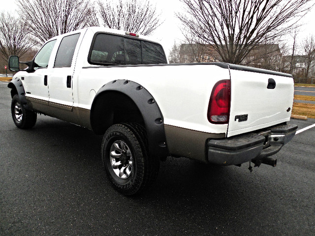 2002 Ford Super Duty F-350 SRW Lariat Leesburg, Virginia 3