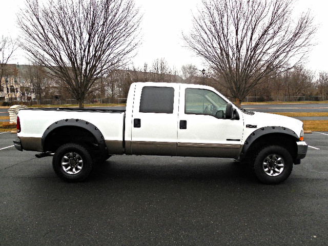 2002 Ford Super Duty F-350 SRW Lariat Leesburg, Virginia 5