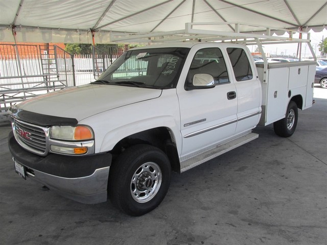 2002 GMC Sierra 2500HD SLE Please call or e-mail to check availability All of our vehicles are