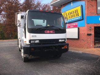 2002 GMC T7500 BOX TRUCK 12' UTILITY BODY ALLISON TRANS 250HP CAT 7.2 MOTOR Richmond, Virginia 18