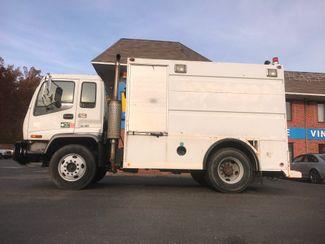 2002 GMC T7500 BOX TRUCK 12' UTILITY BODY ALLISON TRANS 250HP CAT 7.2 MOTOR Richmond, Virginia 35
