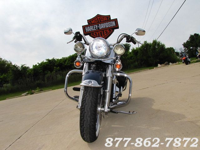 2002 Harley-Davidson ROAD KING CLASSIC FLHRCI ROAD KING CLASSIC McHenry, Illinois 3
