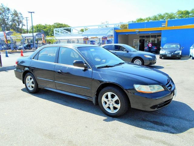 2002 Honda Accord SE Limited warranty included to assure your worry-free purchase AutoCheck repor