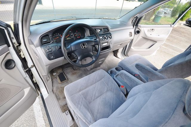 2002 Honda Odyssey EX Reseda, CA 10