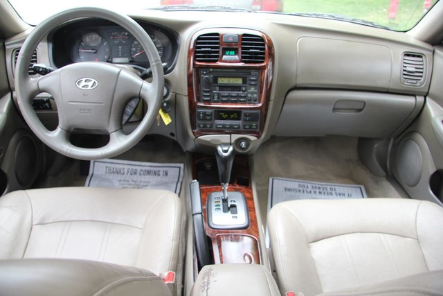 2002 Hyundai Sonata LX Santa Clarita, CA 7