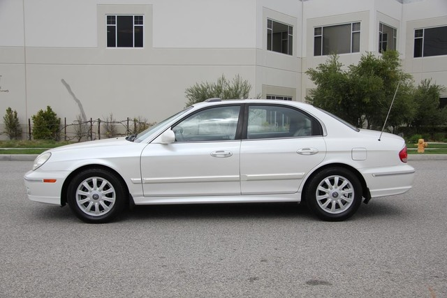 2002 Hyundai Sonata LX Santa Clarita, CA 11
